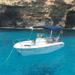 Motor boat Sessa Key Largo 19 for charter in Formentera