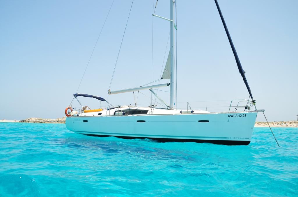 Oceanis 43 charter formentera ibiza