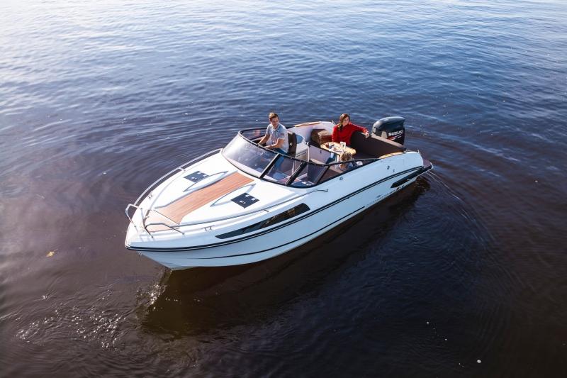 alquiler un dia lancha oceanmaster 680 en Formentera