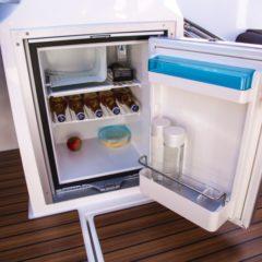 oceanmaster 680 fridge charter formentera