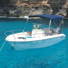 Motora Sessa Key Largo 19 para alquiler en Formentera